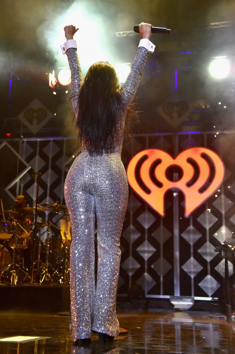 Camila Cabello Performs At Z100 S Jingle Ball In Nyc 12 07 2018