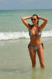 Chloe Goodman in Bikini 12/21/2018