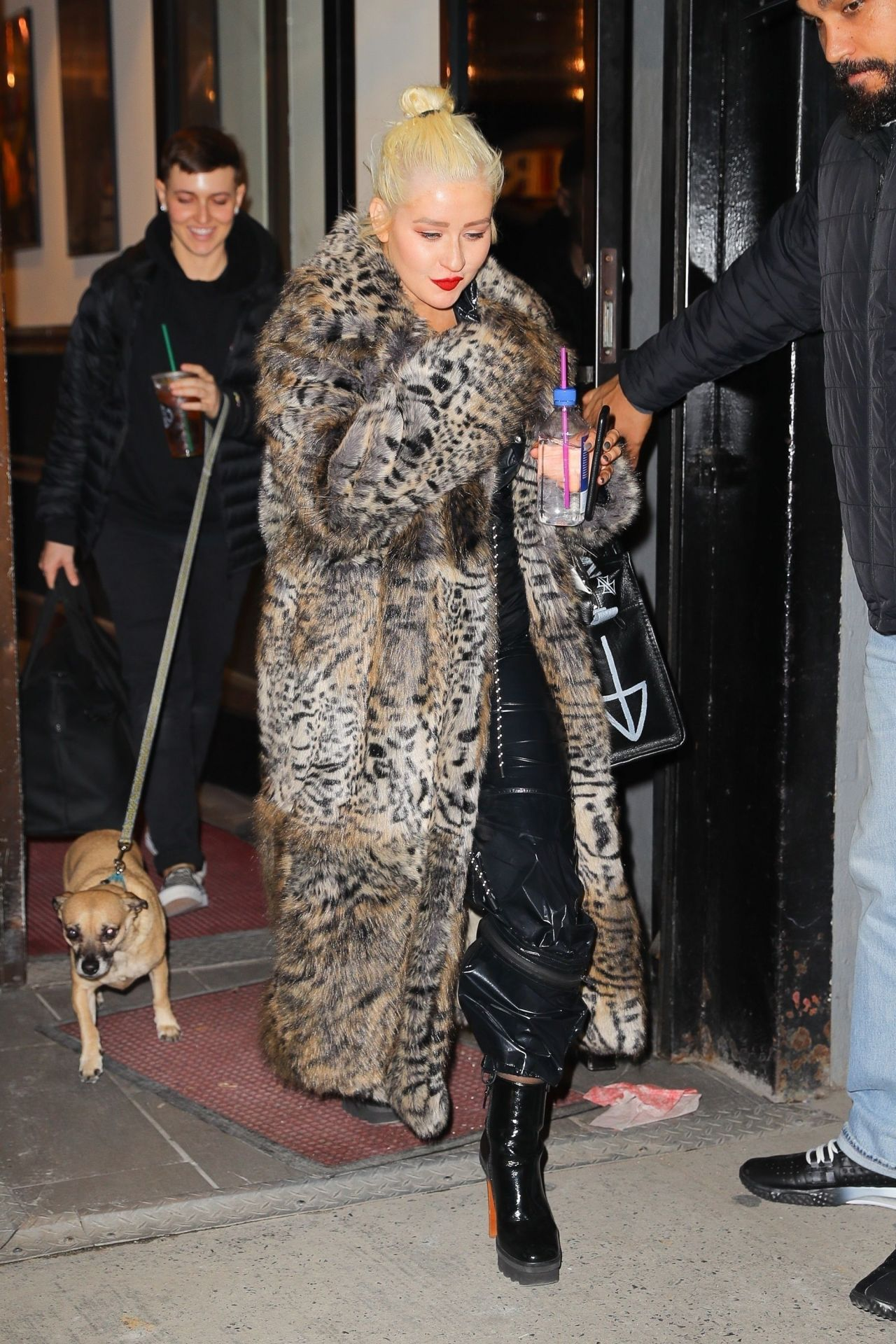 christina aguilera exits a nye rehearsal in nyc 12 30 2018. Black Bedroom Furniture Sets. Home Design Ideas