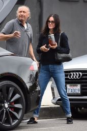 Courteney Cox - Shopping for Furniture in West Hollywood 12/05/2018