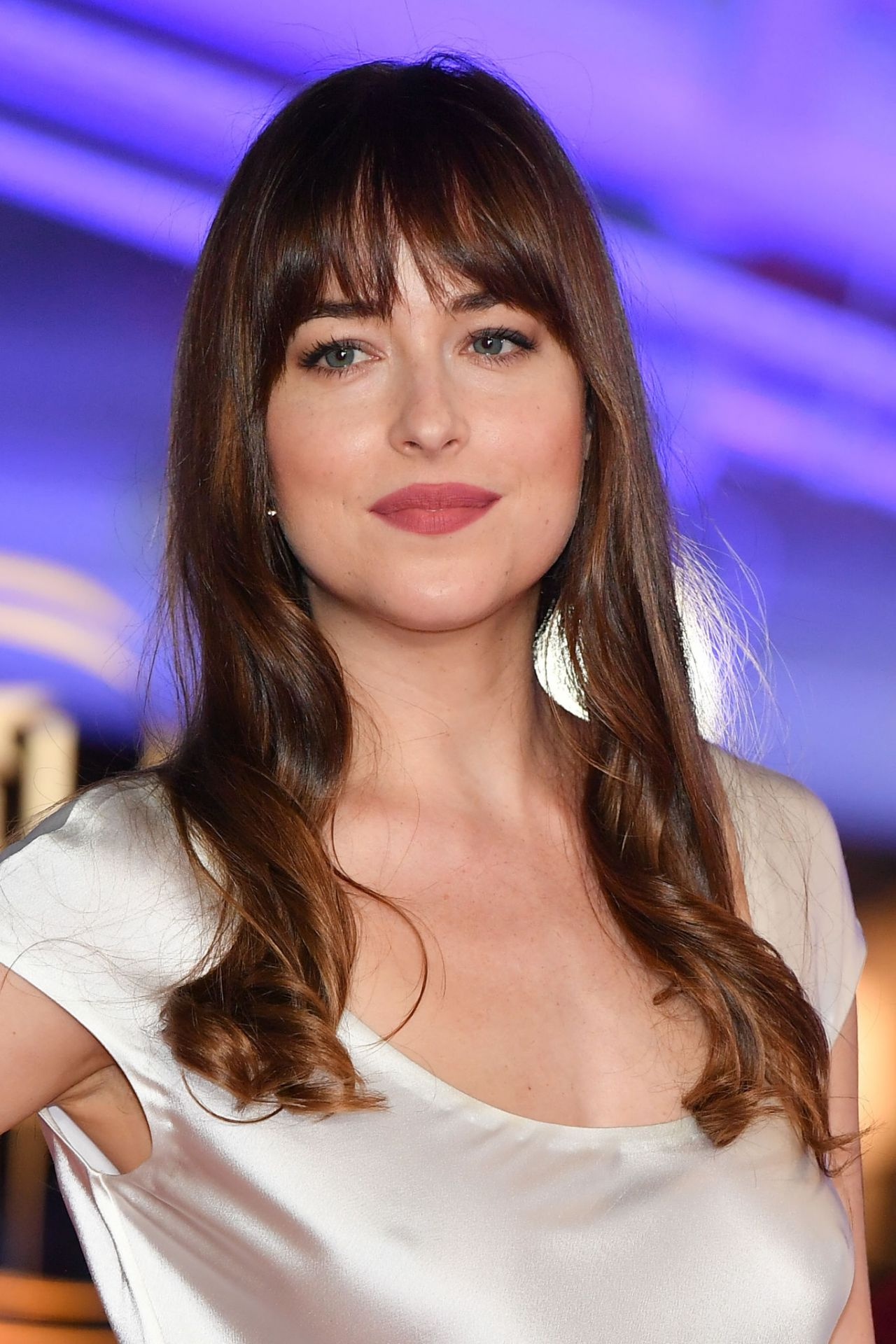 Dakota Johnson - Tribu...