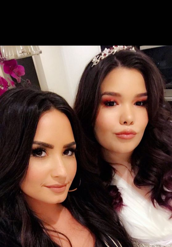 Demi Lovato - Personal Pics 12/29/2018