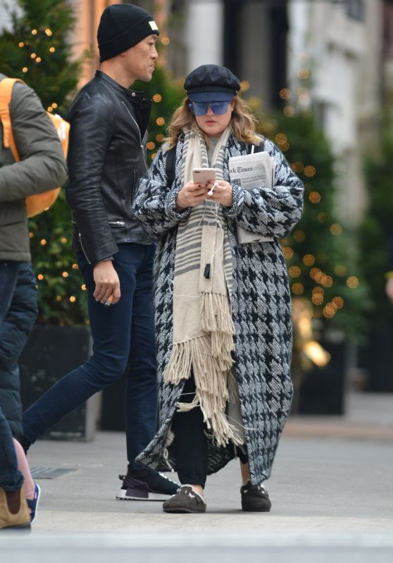 Drew Barrymore - Out in NYC 12/09/2018