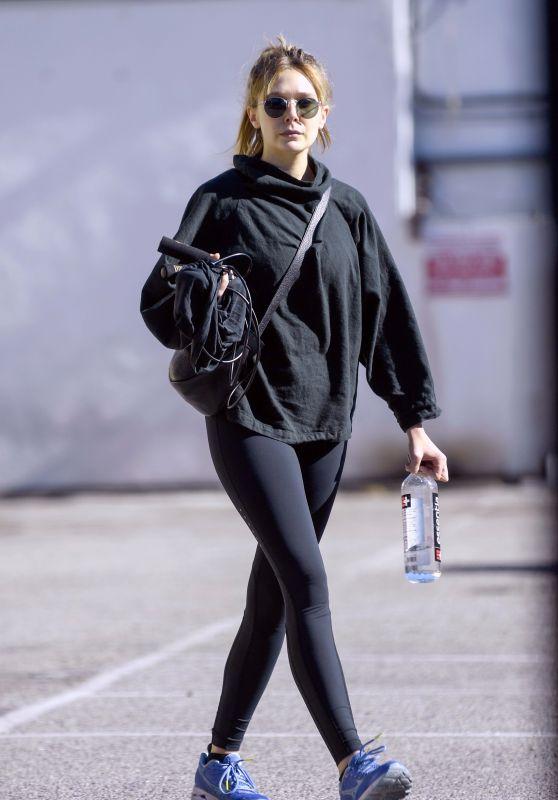 Elizabeth Olsen in Tights 12/10/2018
