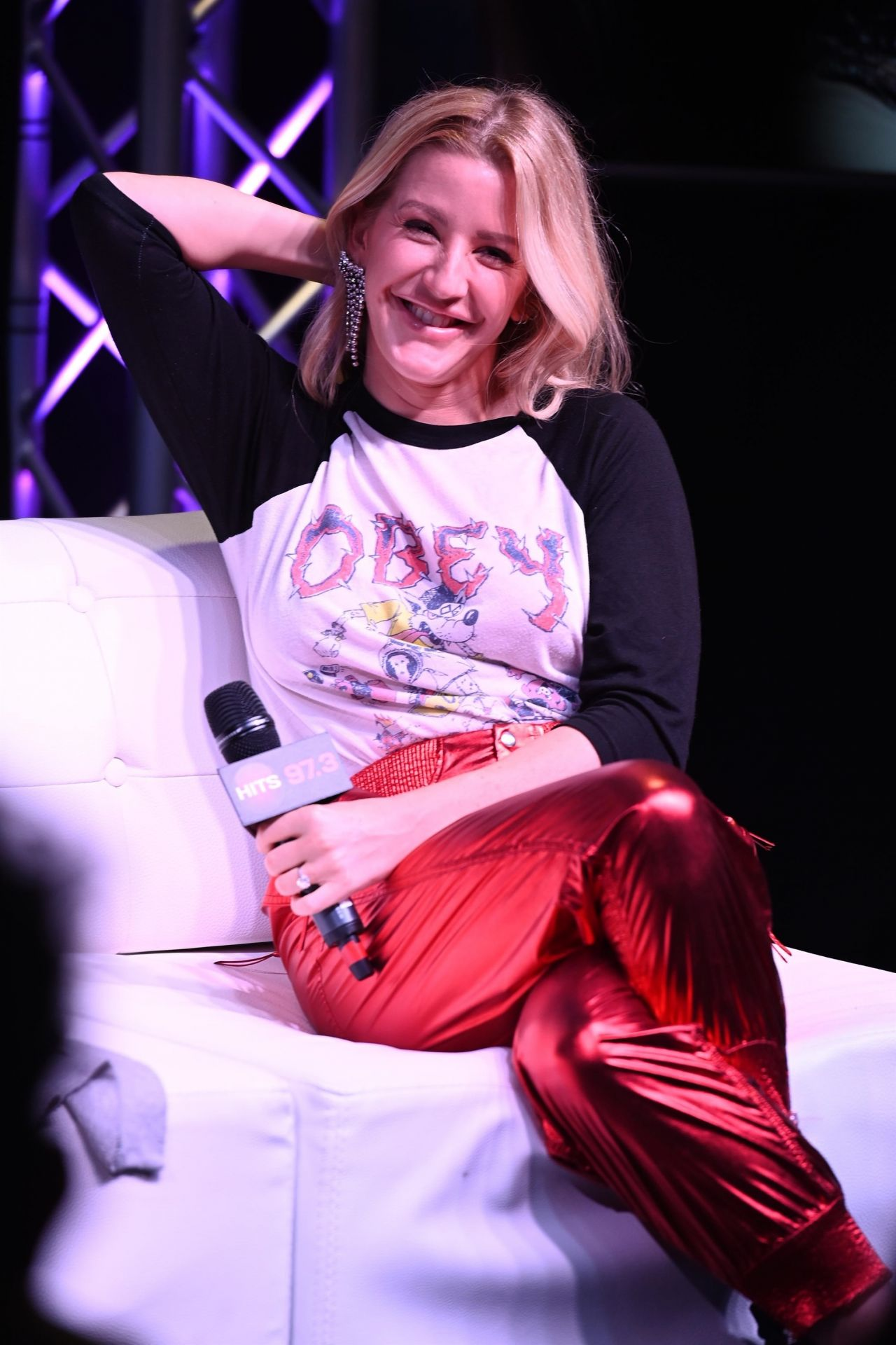 Ellie Goulding Hits Live At Radio Station Hits 97 3 In