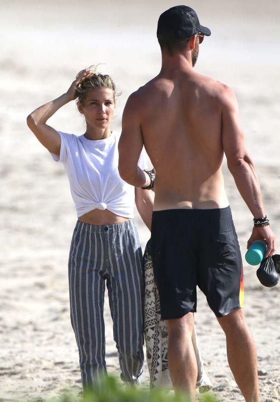 Elsa Pataky and Chris Hemsworth on the Beach in Byron Bay, Australia 11/29/2018