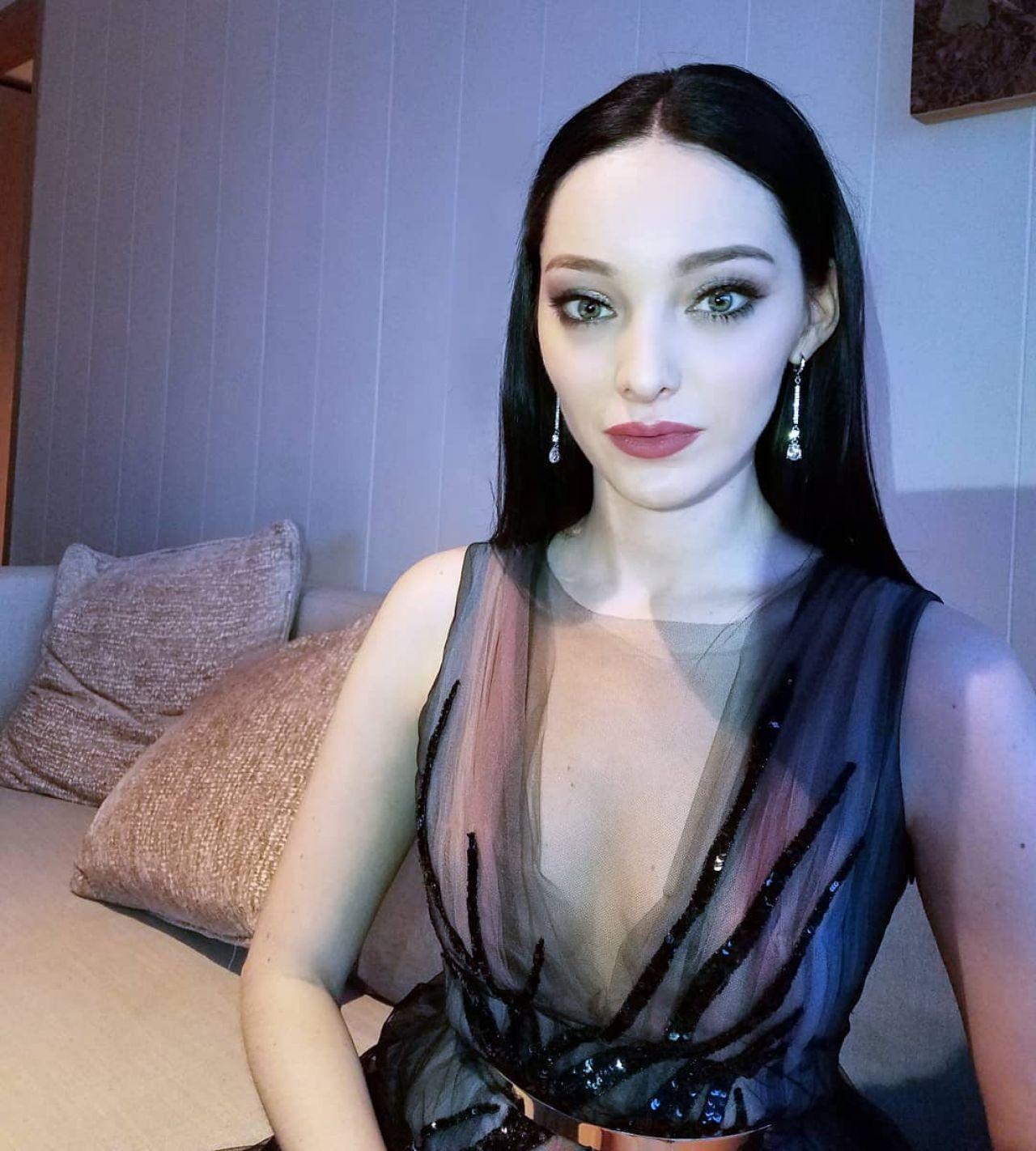Celebrity Natasha BCelebrityett nudes (93 photo), Topless, Fappening, Selfie, butt 2017
