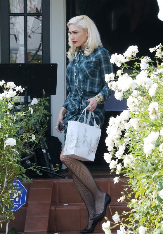 Gwen Stefani at  a Church Service in LA 12/23/2018