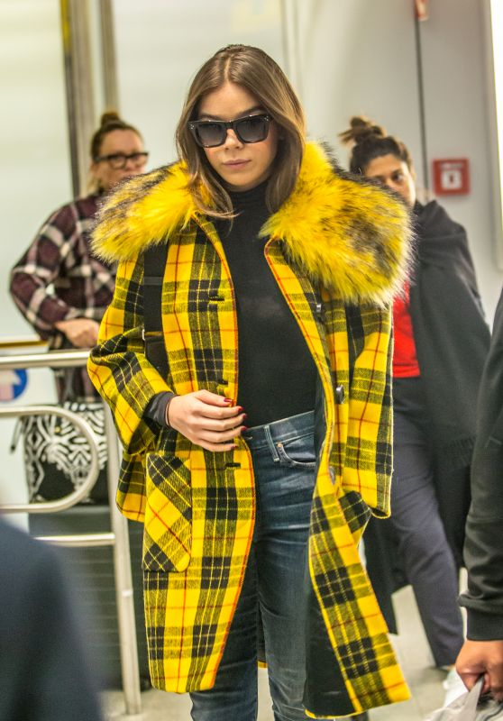 Hailee Steinfeld in Travel Outfit - Tegel Airport in Berlin 12/02/2018