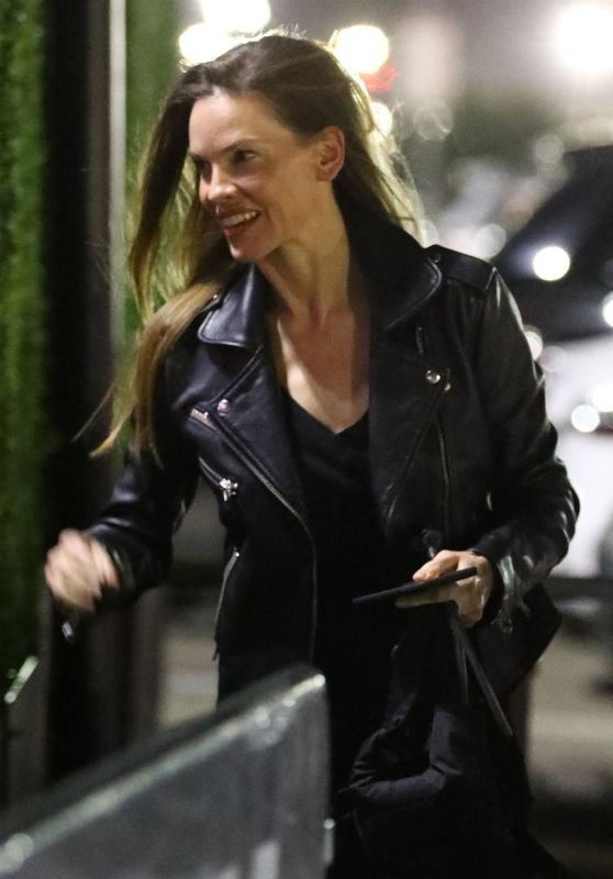 Hilary Swank - Arriving at the Fleetwood Mac Concert in Inglewood