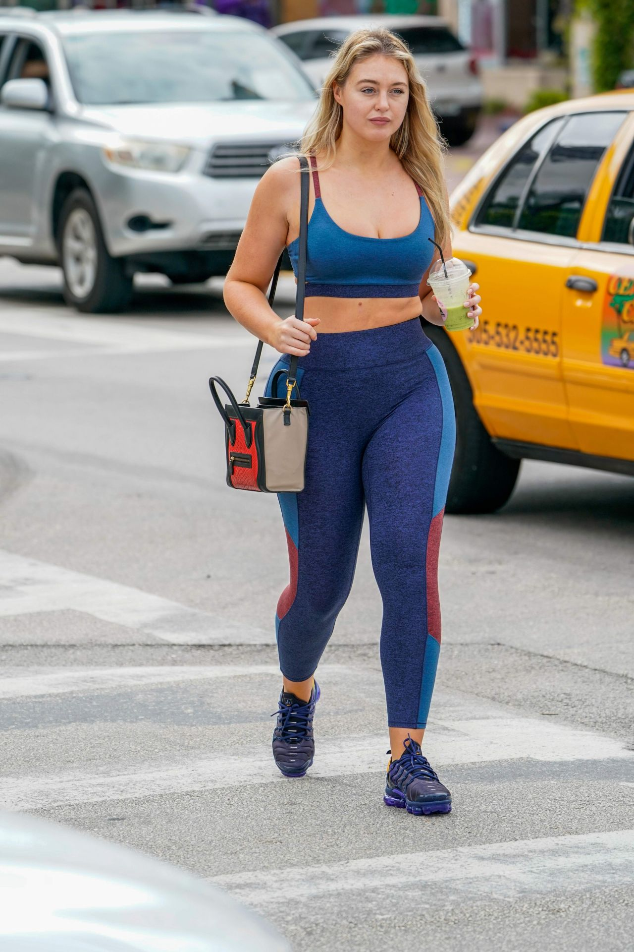 Iskra Lawrence In Tight Workout Clothes Miami 12 10 2018