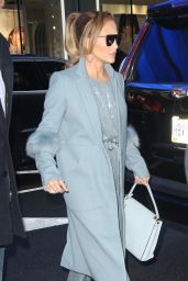 Jennifer Lopez and Her Mom Guadalupe Arrive at the GMA in NYC 12/12/2018
