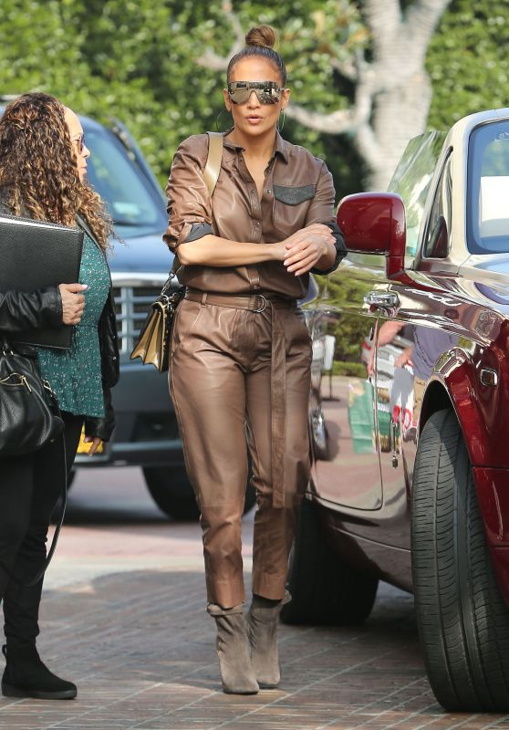 Jennifer Lopez - Out in Beverly Hills 12/24/2018