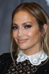 "Jennifer Lopez - ""Second Act"" Photocall in LA"