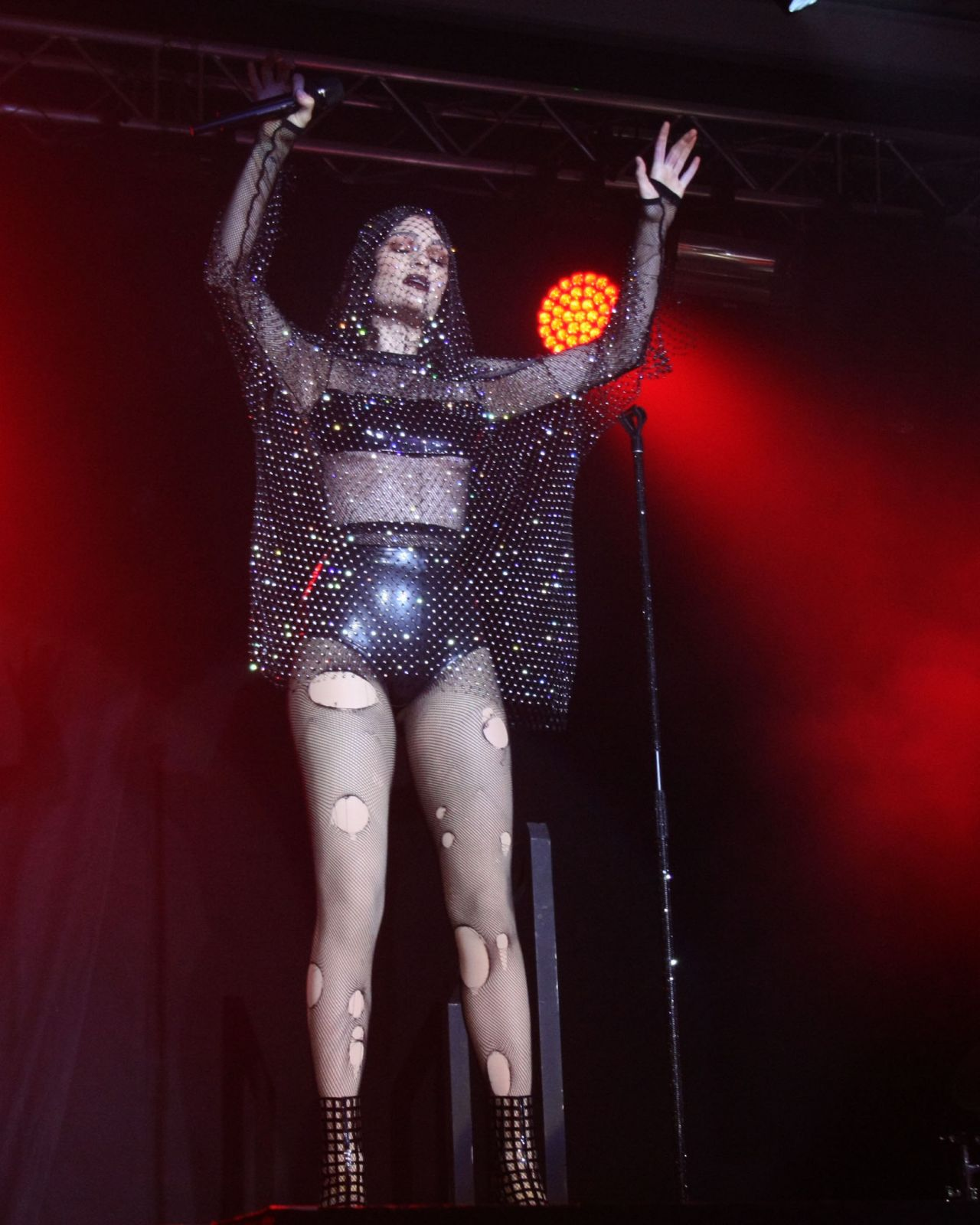 Jessie J – Performs at The National Boxing Stadium in Dublin 12/01/2018
