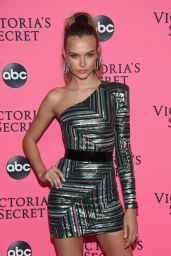 Josephine Skriver – 2018 Victoria's Secret Viewing Party in NYC