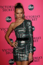 Josephine Skriver – 2018 Victoria's Secret Viewing Party in NYC (Part II)