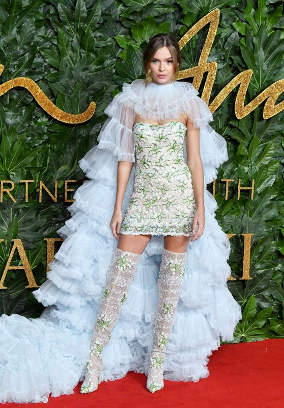 Josephine Skriver - The Fashion Awards 2018 in London