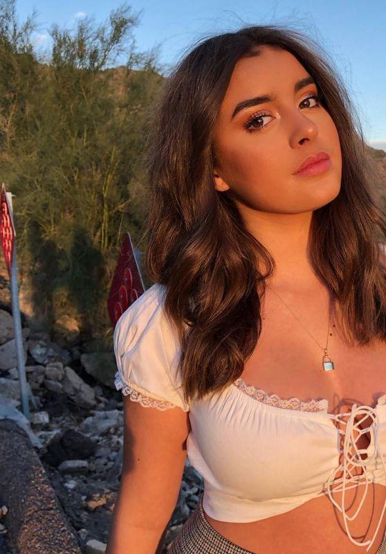 Kalani Hilliker - Personal Pics 12/04/2018