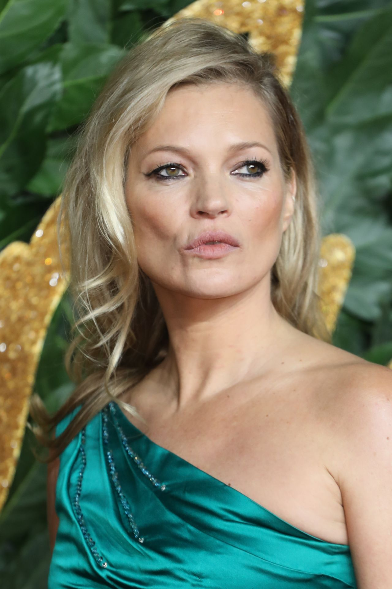 Kate Moss Is The Queen Of Cool On 37th Vogue Uk Cover: The Fashion Awards 2018 In London
