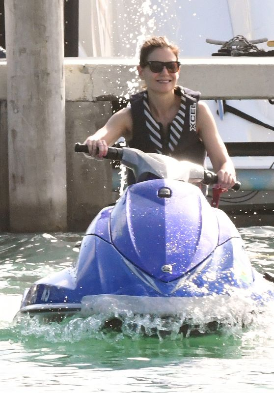 Katie Holmes and Jamie Foxx - Jet Skiing in Miami 12/29/2018