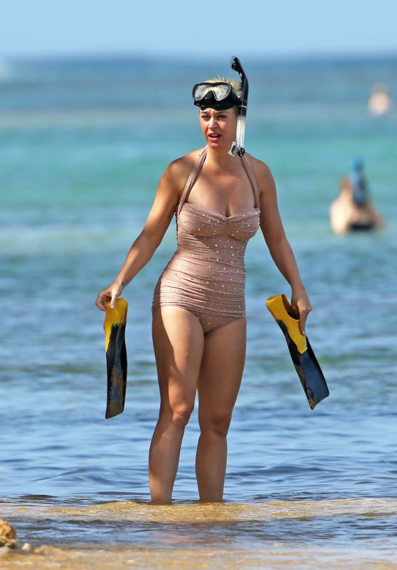 Katy Perry in Swimsuit 12/24/2018