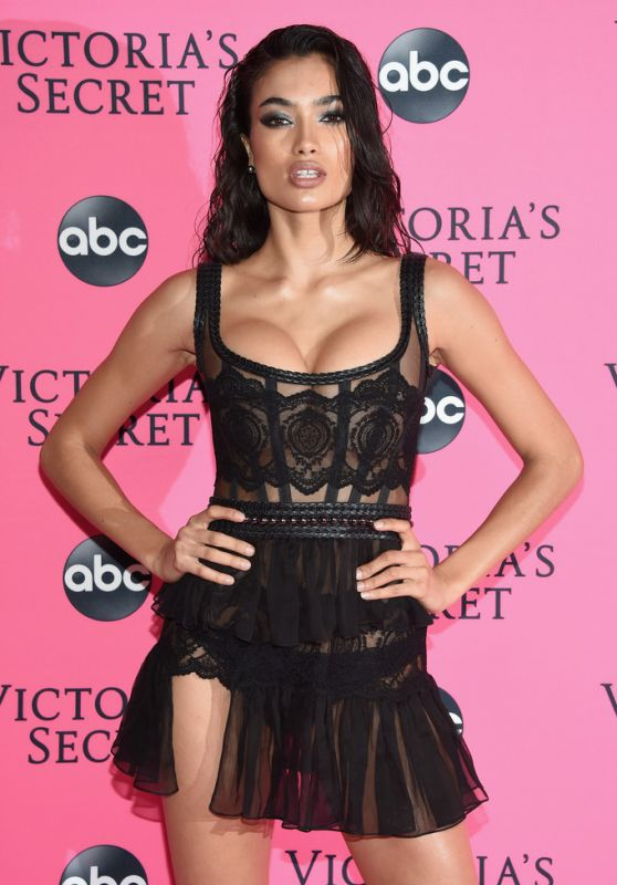 Kelly Gale – 2018 Victoria's Secret Viewing Party in NYC