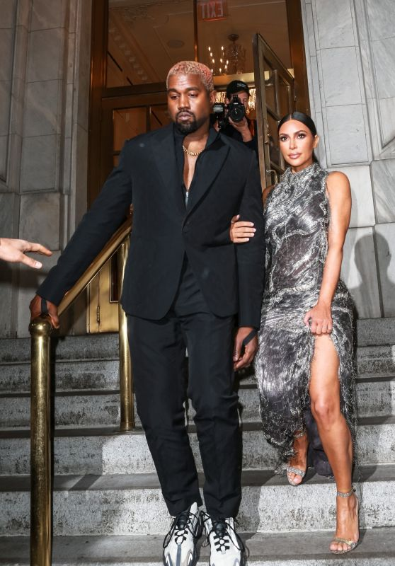 Kim Kardashian and Kanye West - Cher Musical in New York 12/03/2018
