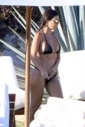 Kourtney Kardashian in Bikini 12/22/2018