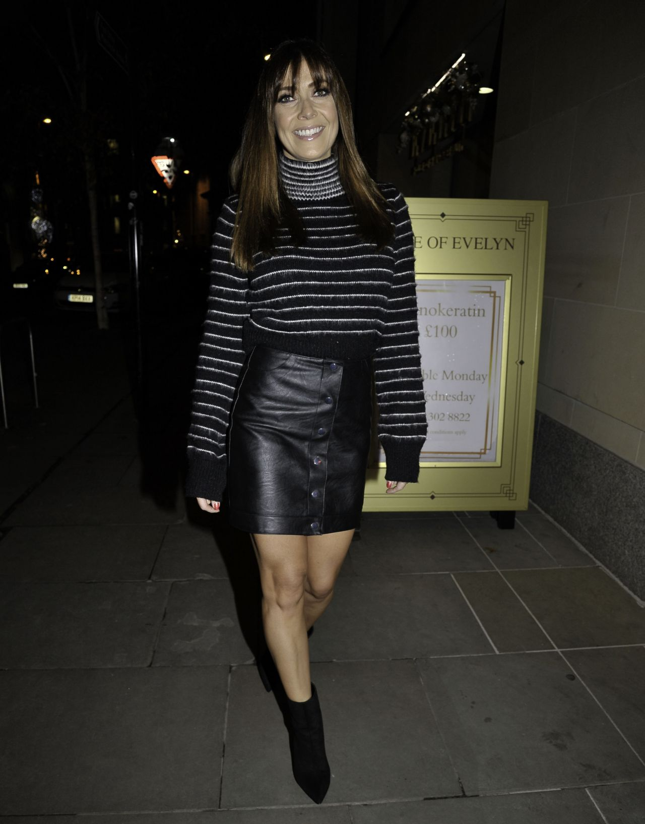 Kym Marsh Turning The Christmas Lights On At The House