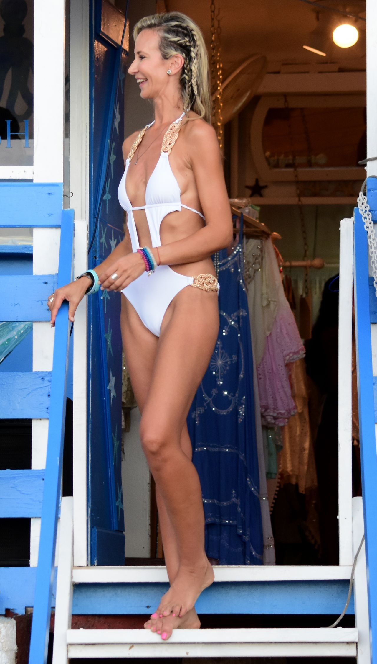 Lady Victoria Hervey In A White Swimsuit Barbados 12 29 2018