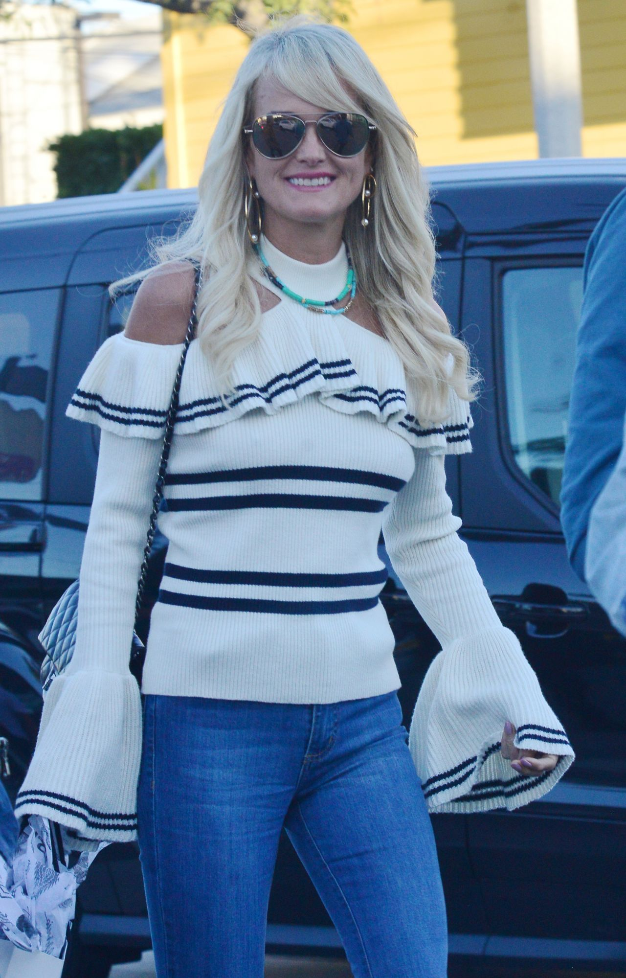 Laeticia Hallyday Out In Venice 12 15 2018