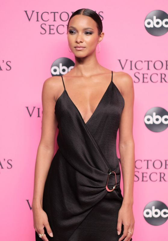 Lais Ribeiro – 2018 Victoria's Secret Viewing Party in NYC