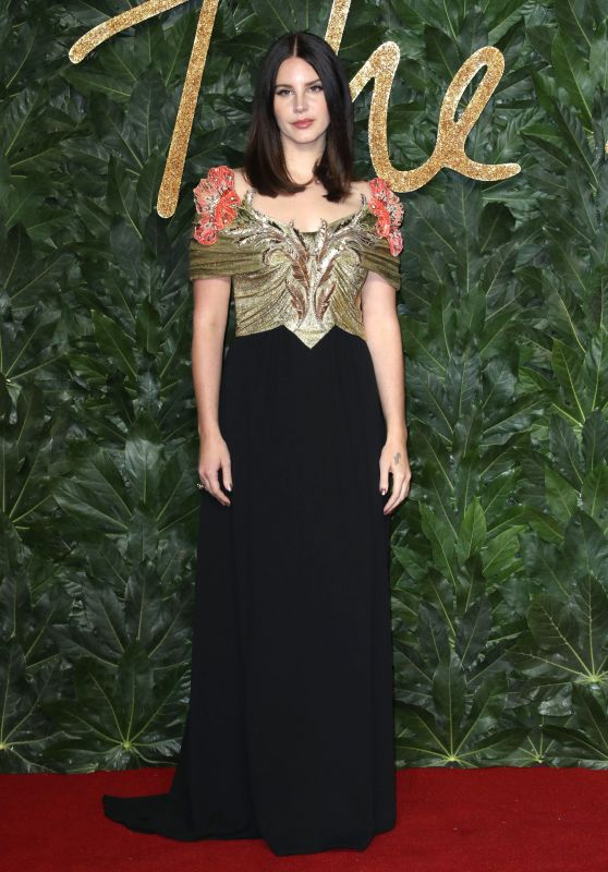 Lana Del Rey – The Fashion Awards 2018 in London