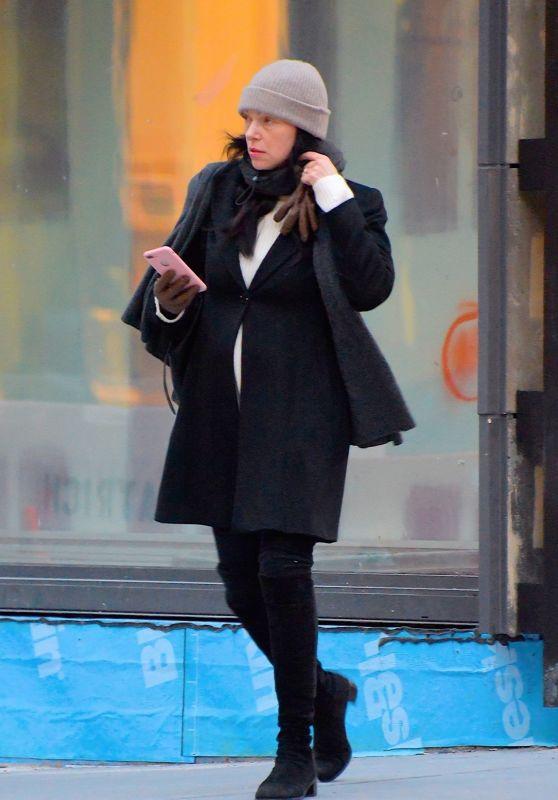 Laura Prepon Winter Street Style 12/17/2018