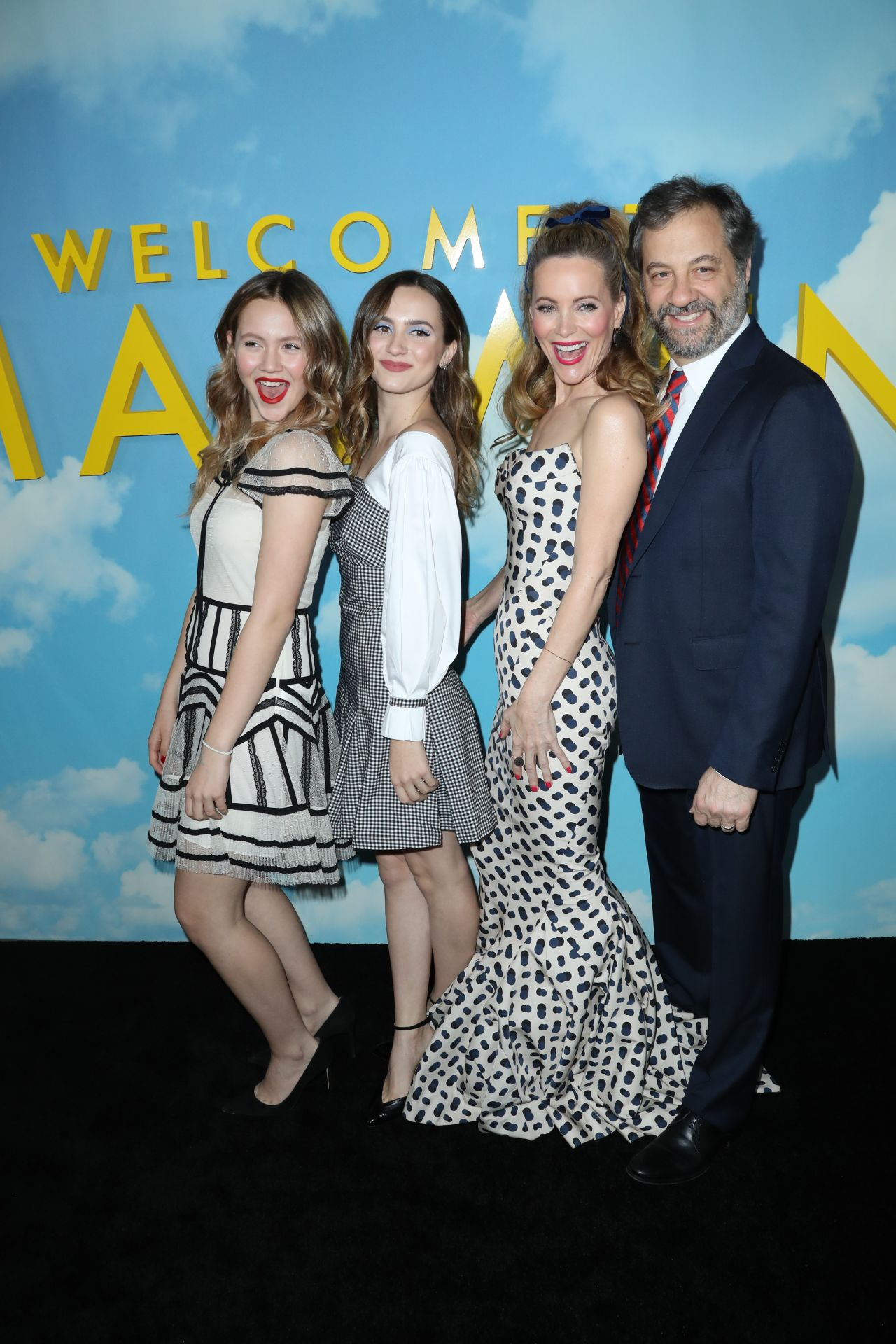 "Leslie Mann, Maude Apatow, Iris Apatow – ""Welcome to Marwen"" Premiere in Los Angeles 12/10/2018"