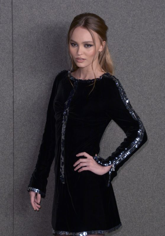 Lily-Rose Depp - Chanel Metiers d
