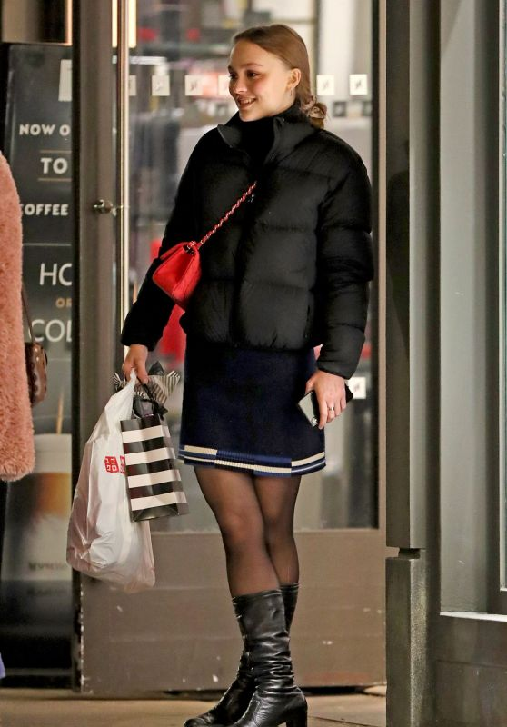 Lily-Rose Depp - Shopping in NY 12/05/2018