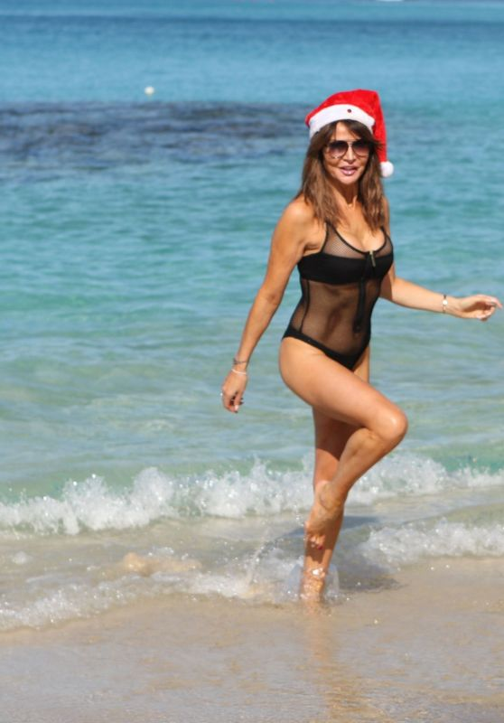 Lizzie Cundy in a Bikini - Christmas Day in Barbados 12/25/2018