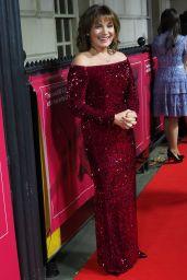 Lorraine Kelly – The Sun Military Awards 2018