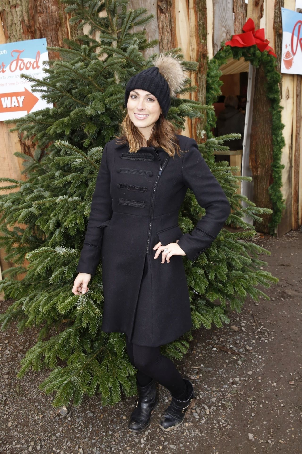 Luisa Zissman – Tulley's Farm Xmas Fair 2018 in Crawley