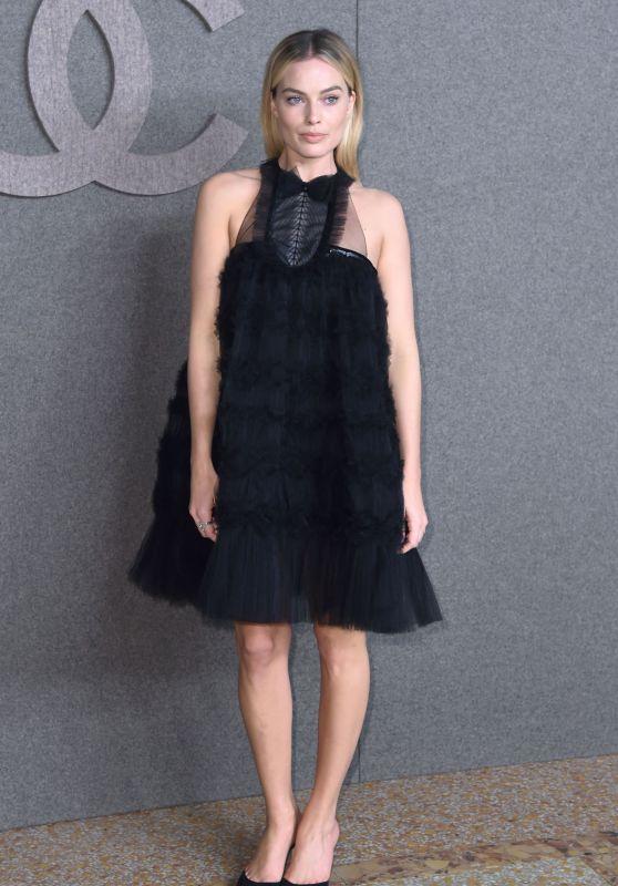 Margot Robbie - Chanel Metiers d