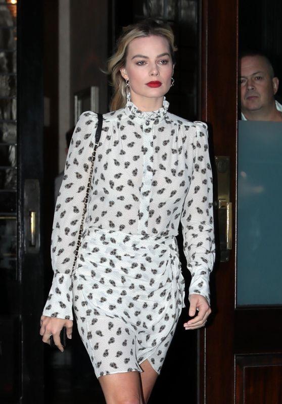 Margot Robbie - Leaving Her Hotel in New York City 12/04/2018