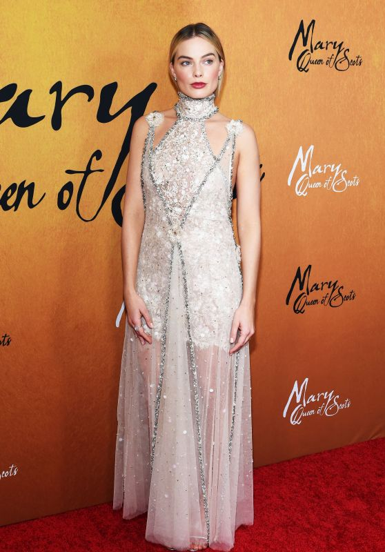 """Margot Robbie - """"Mary Queen of Scots"""" Premiere in NY"""