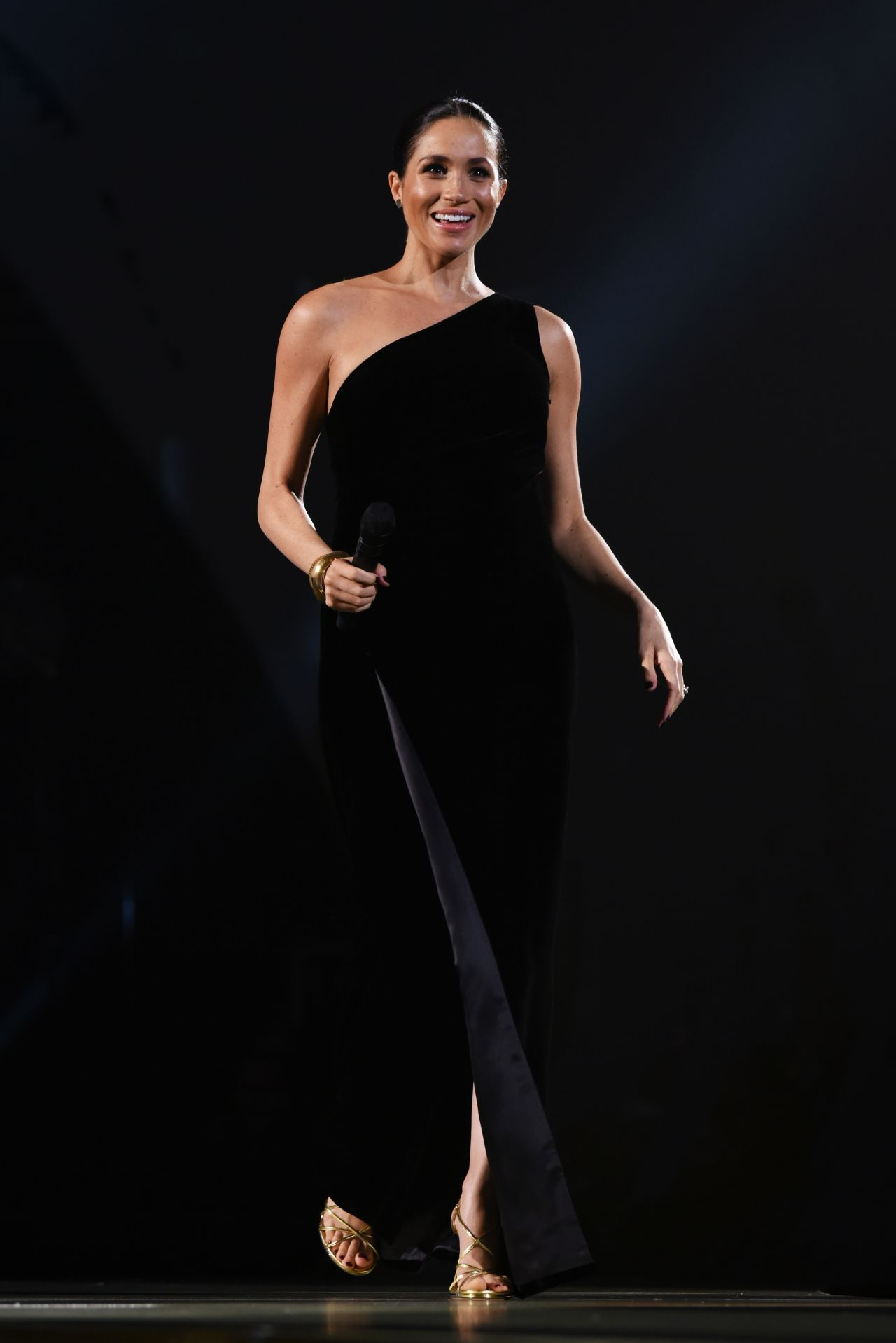Meghan Markle The Fashion Awards 2018 In London