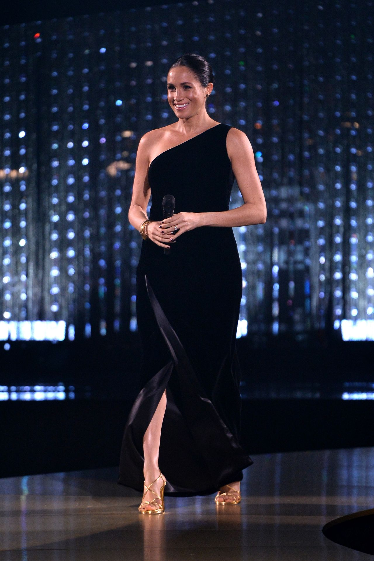 Meghan Markle The Fashion Awards 2018 In London