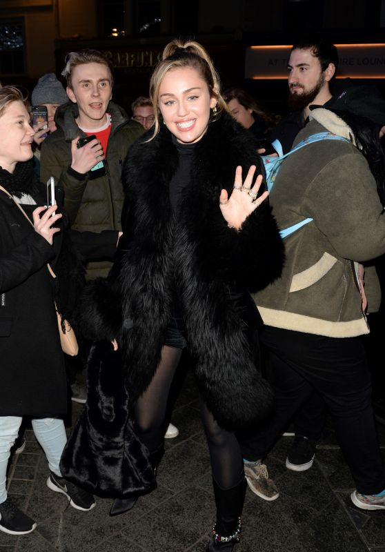 Miley Cyrus - Greets Fans at Capital Radio in London 12/07/2018
