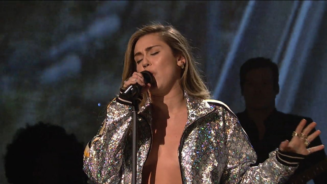Miley Cyrus Performs Live On Saturday Night Live 12152018-4282
