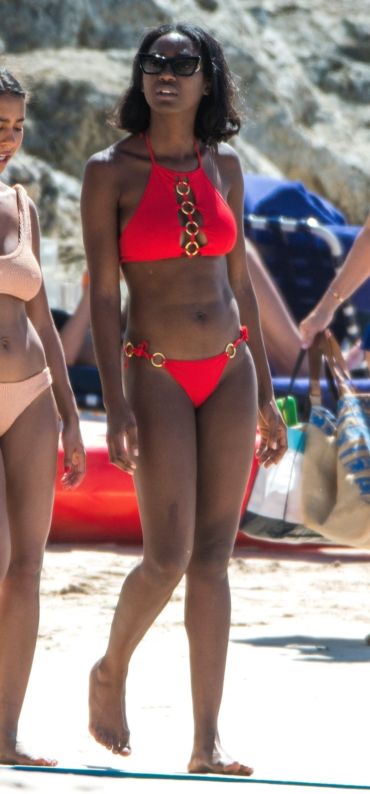 Celebrity Mouna Traore naked (93 photo), Tits, Bikini, Instagram, legs 2019