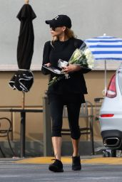 Naya Rivera - Flower Shopping in LA 12/23/2018